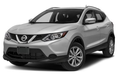 3/4 Front Glamour 2018 Nissan Rogue Sport