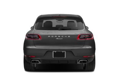 Rear Profile  2017 Porsche Macan