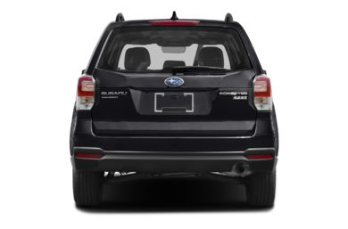 Rear Profile  2017 Subaru Forester