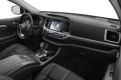 2017 Toyota Highlander First Look Motor Trend