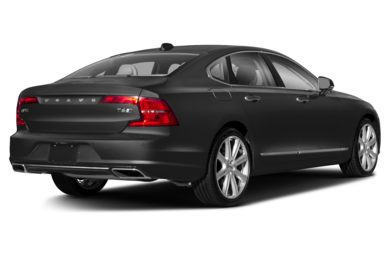 3/4 Rear Glamour  2017 Volvo S90