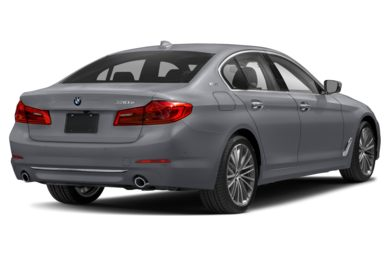 3/4 Rear Glamour  2018 BMW 530e