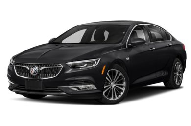 3/4 Front Glamour 2018 Buick Regal