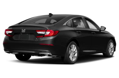 3/4 Rear Glamour  2018 Honda Accord