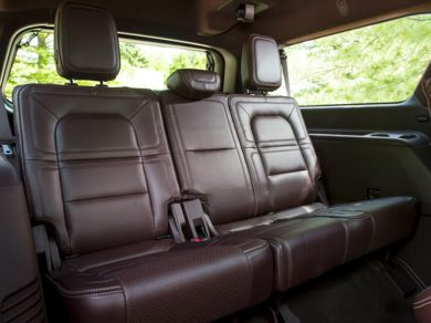See 2018 Lincoln Navigator L Color Options Carsdirect