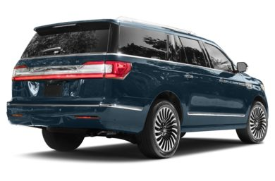 3/4 Rear Glamour  2018 Lincoln Navigator L