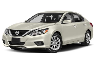 3/4 Front Glamour 2018 Nissan Altima