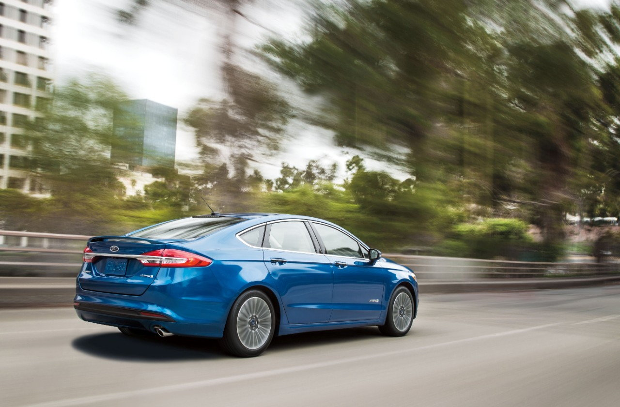 2018 ford fusion hybrid preview pricing release date