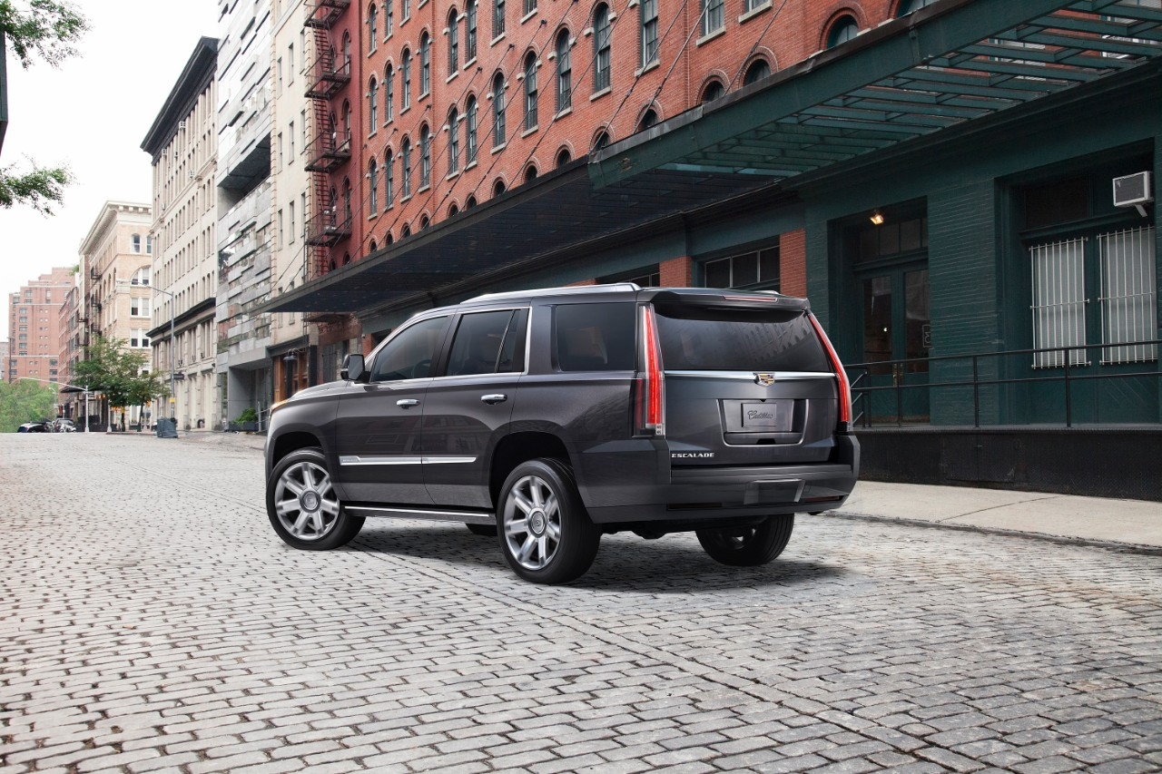 2018 cadillac escalade deals prices incentives leases overview carsdirect. Black Bedroom Furniture Sets. Home Design Ideas