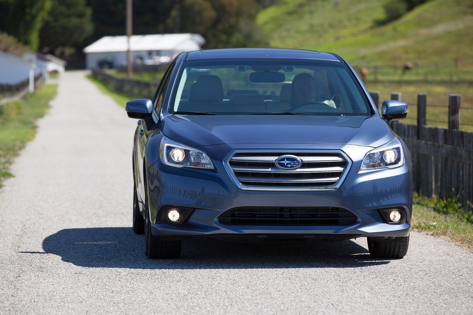 2016 subaru legacy review carsdirect. Black Bedroom Furniture Sets. Home Design Ideas