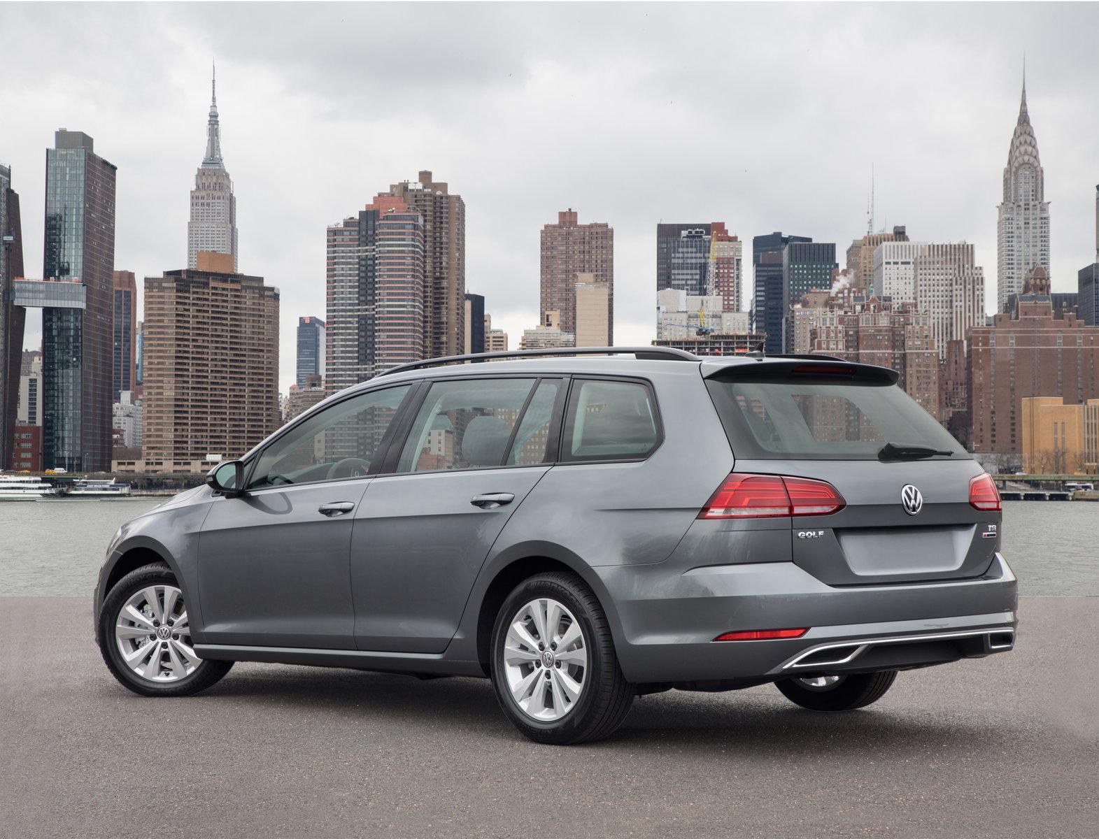 2018 Volkswagen Golf Sportwagen Preview Pricing Release