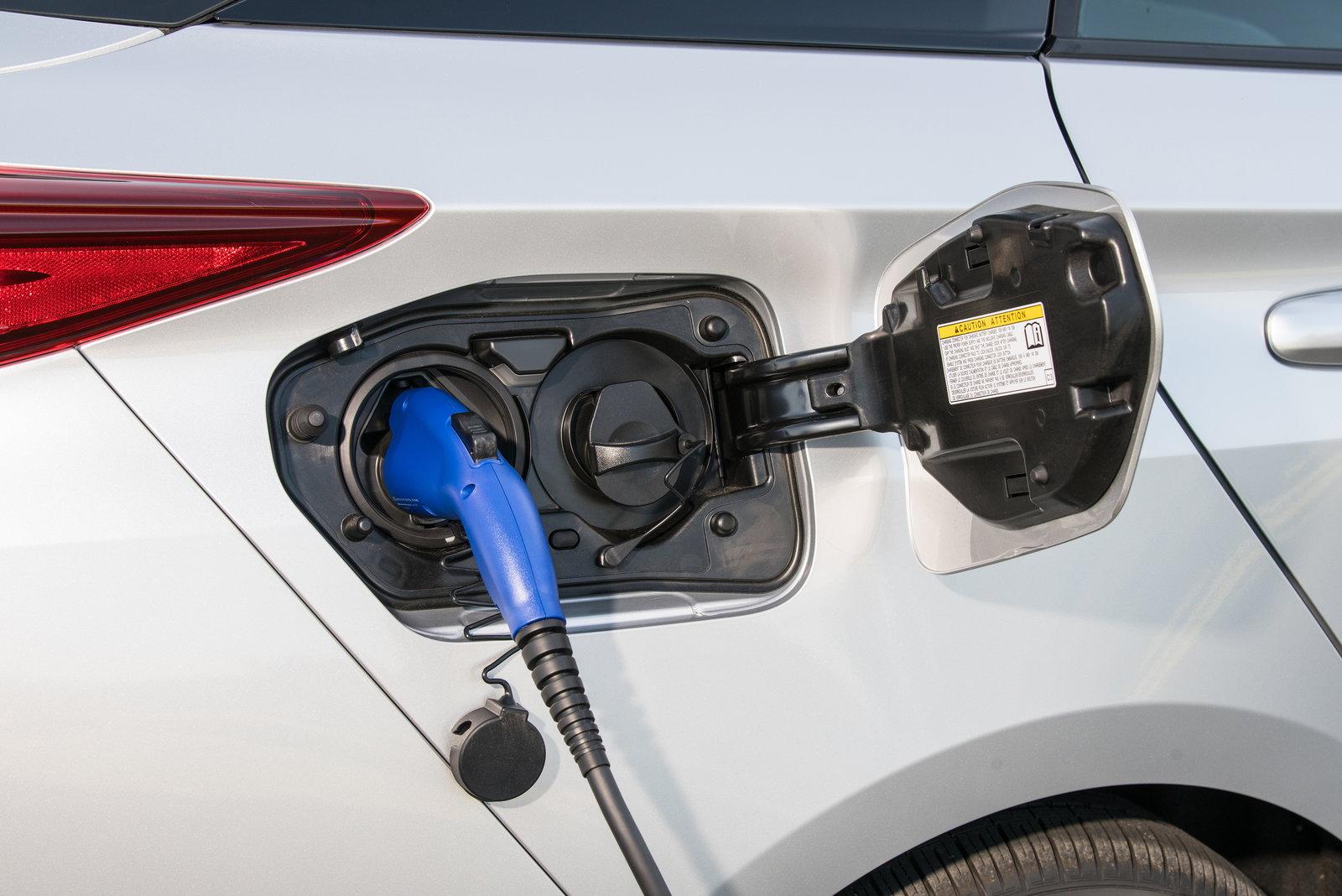 Can Hybrid Cars Use The Carpool Lane In California