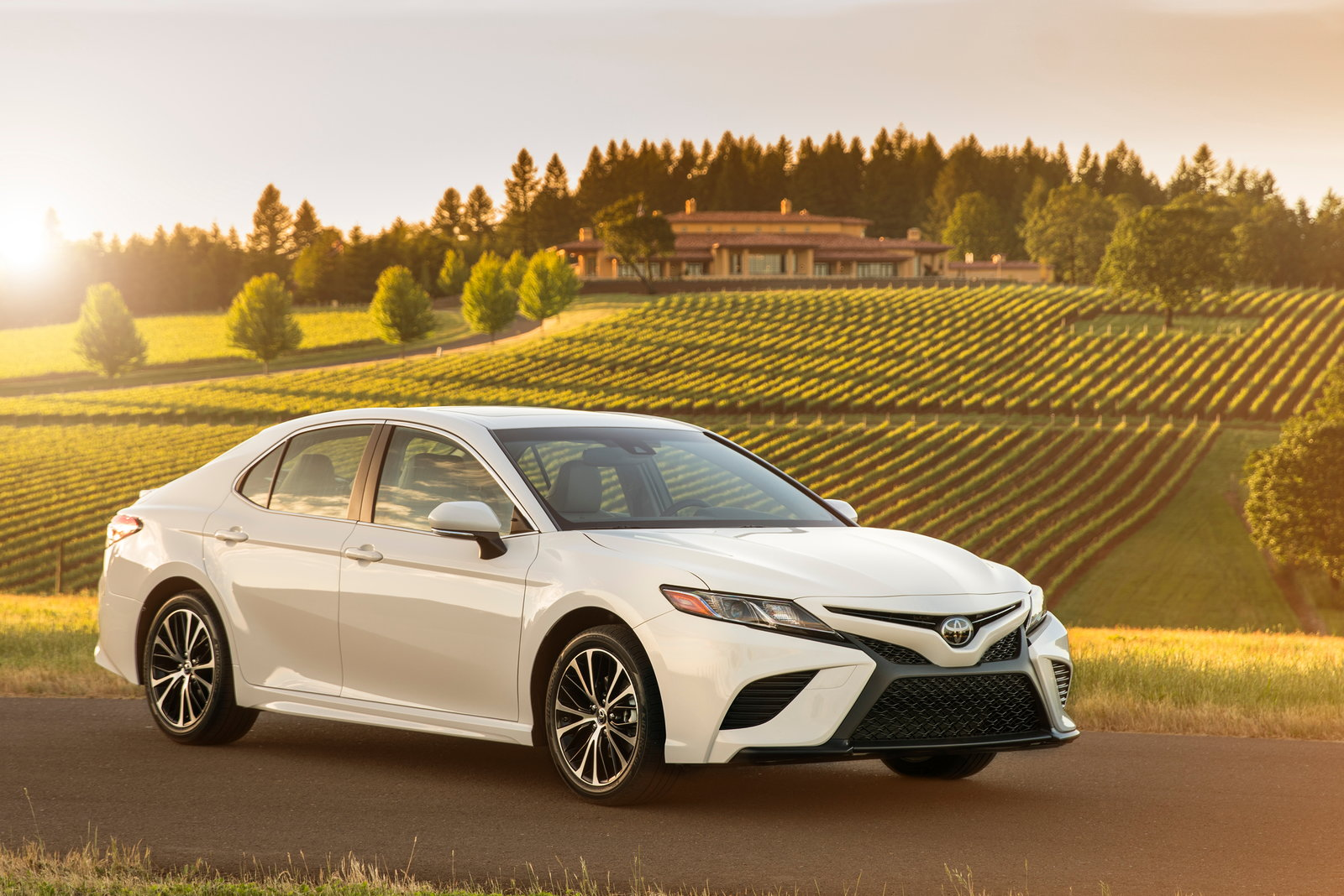 Toyota camry lease deals 2018