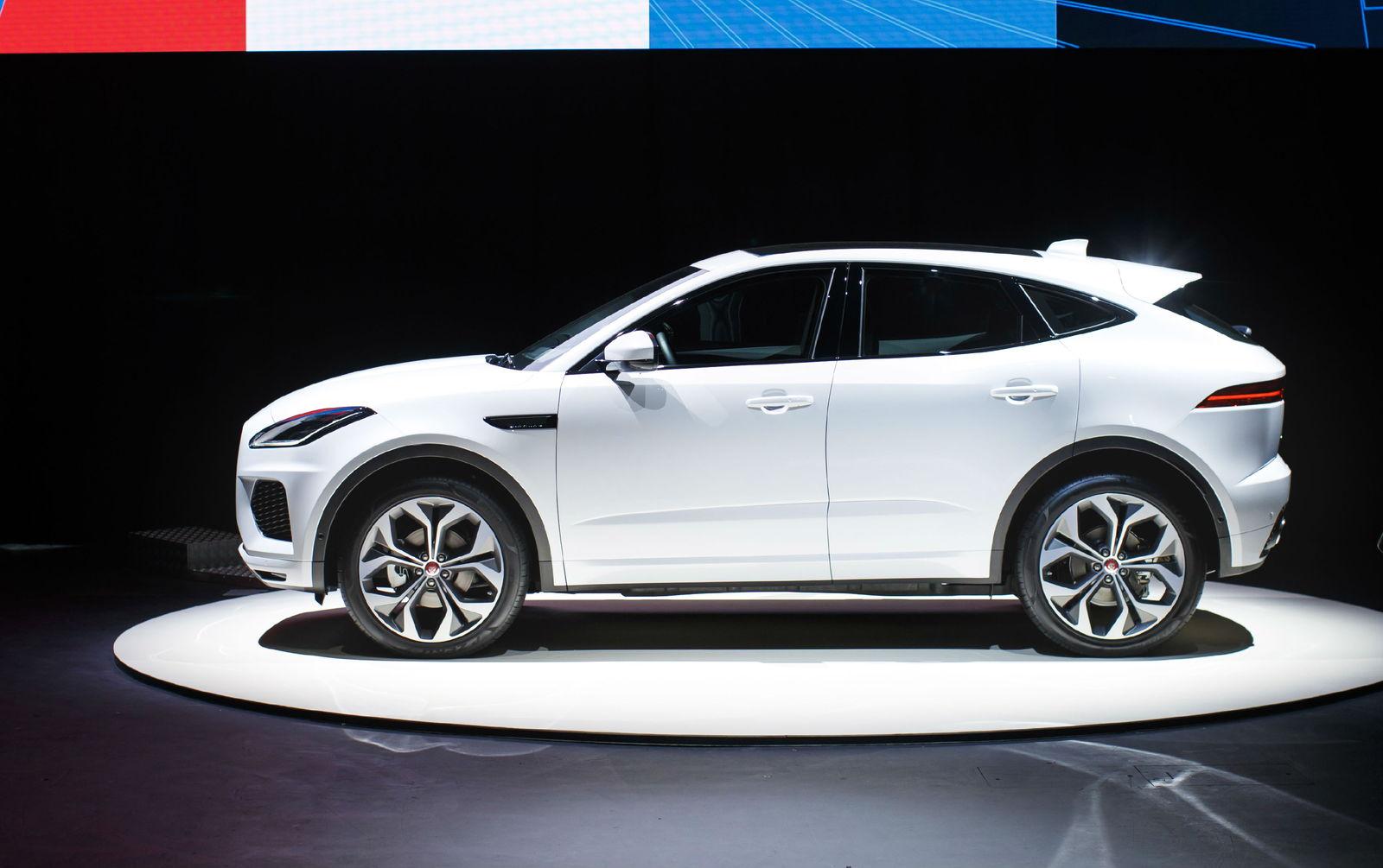2018 jaguar e pace deals prices incentives leases overview carsdirect. Black Bedroom Furniture Sets. Home Design Ideas