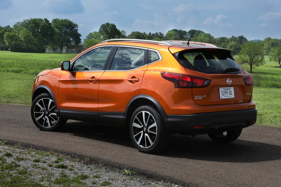 All New 2017 Rogue Sport Gets First Lease Deal 0 Percent