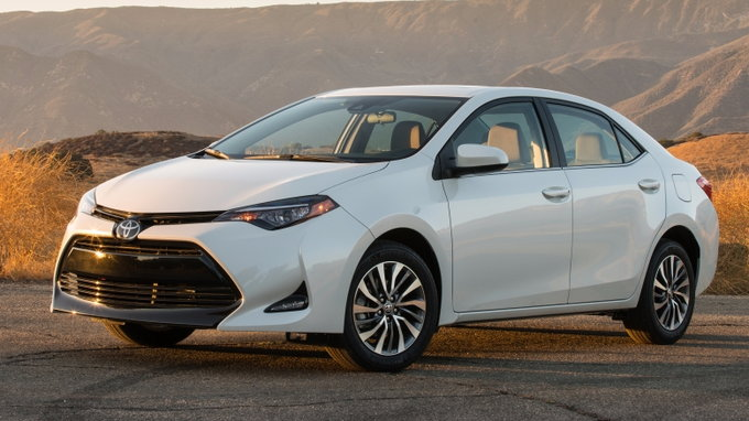 2018 toyota corolla preview pricing release date. Black Bedroom Furniture Sets. Home Design Ideas