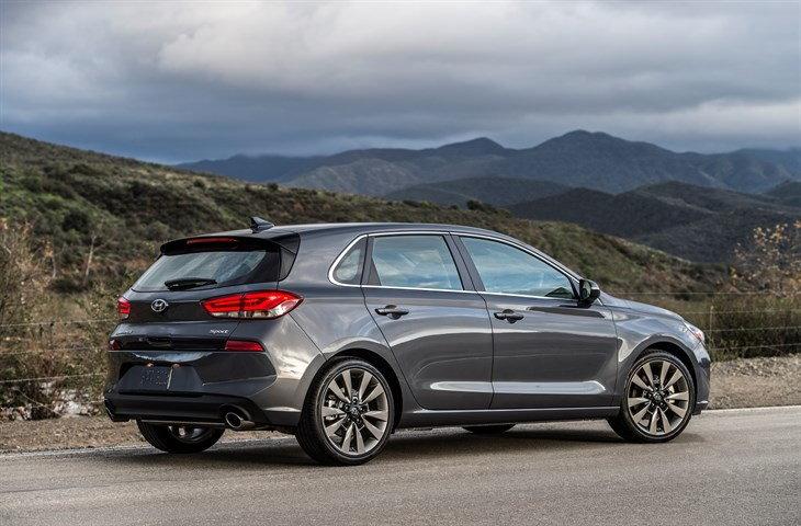 Acura Mdx Towing Capacity >> 2018 Chevrolet Silverado | 2017 - 2018 Cars Reviews