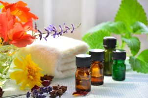 image of essential oils.