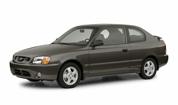 Hyundai Accent Mpg >> 2002 Hyundai Accent Specs Safety Rating Mpg Carsdirect