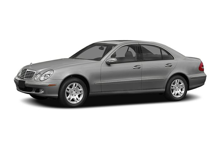 2004 mercedes benz e500 specs safety rating mpg for Mercedes benz e500 price