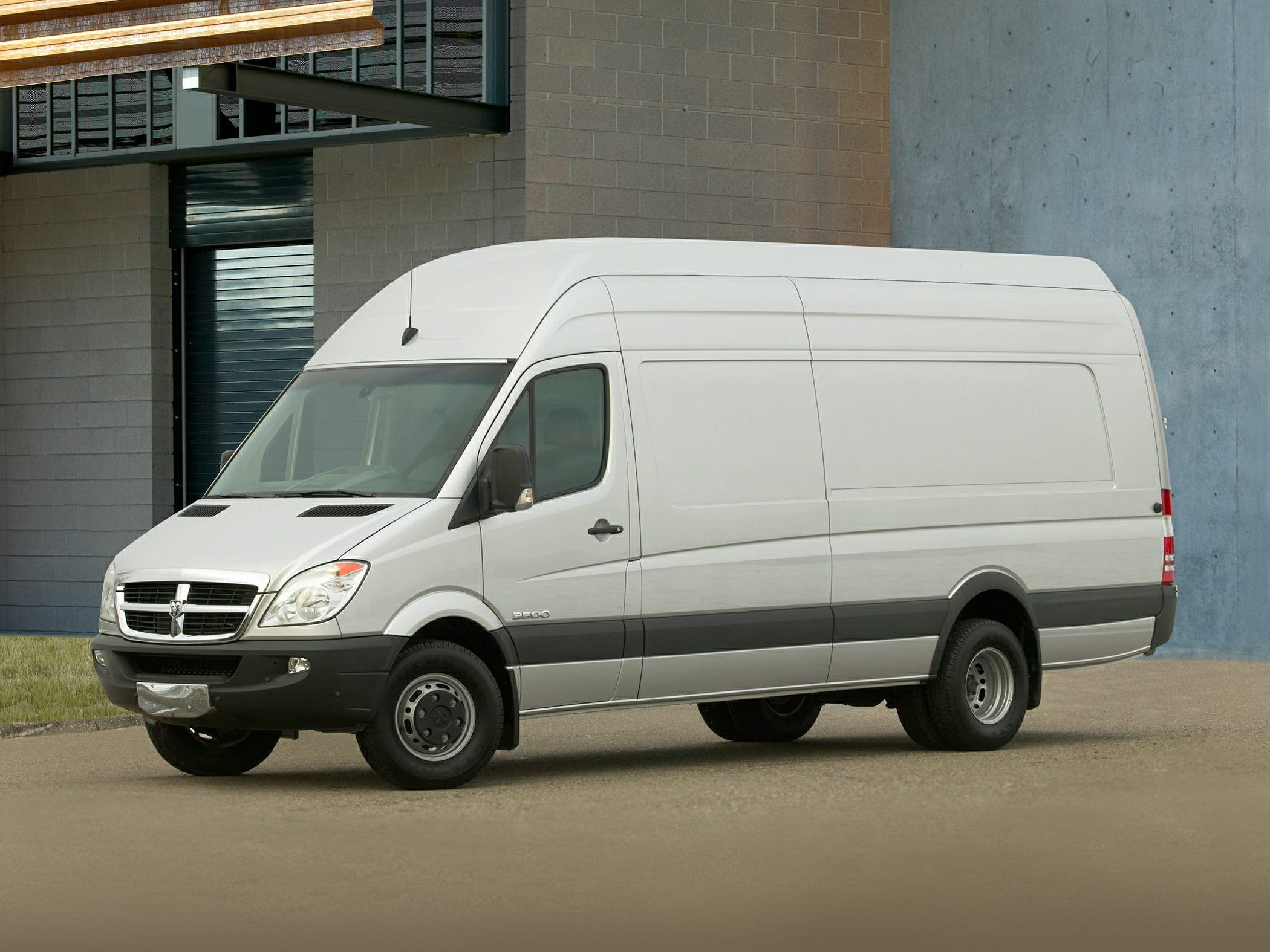 2008 Dodge Sprinter Van 3500 Specs Safety Rating Amp Mpg
