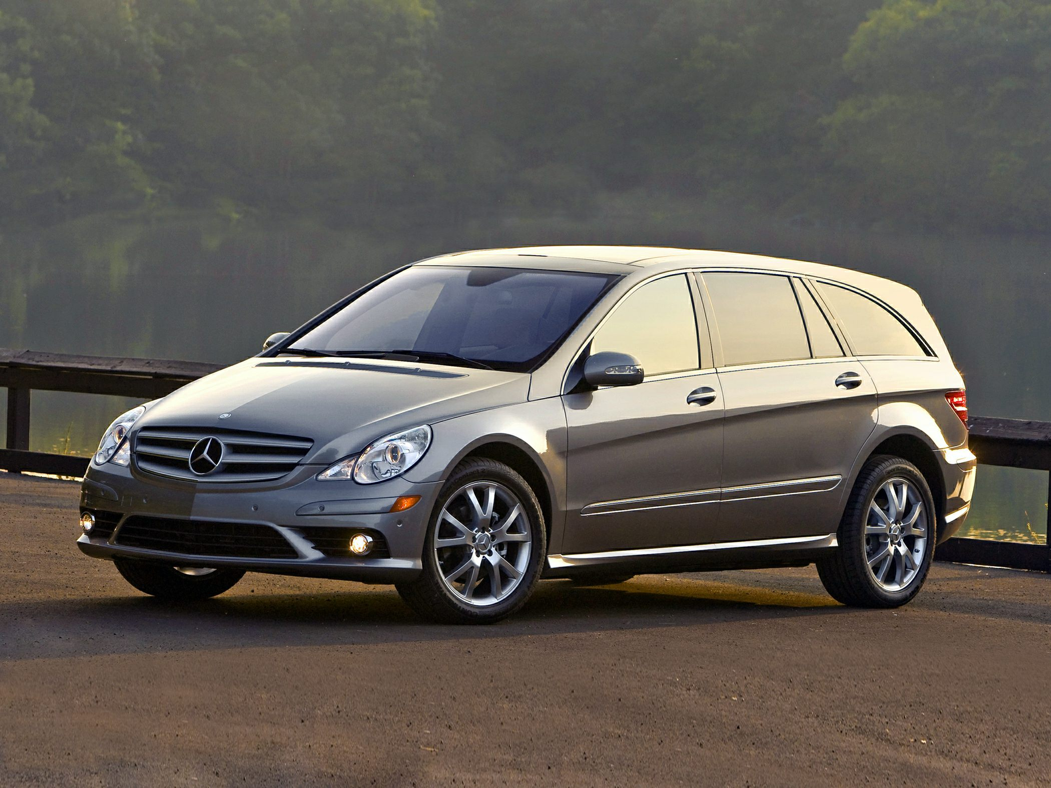 2008 Mercedes Benz R350 Styles Amp Features Highlights