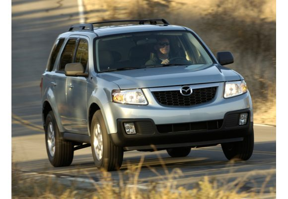 2011 mazda tribute pictures photos carsdirect. Black Bedroom Furniture Sets. Home Design Ideas