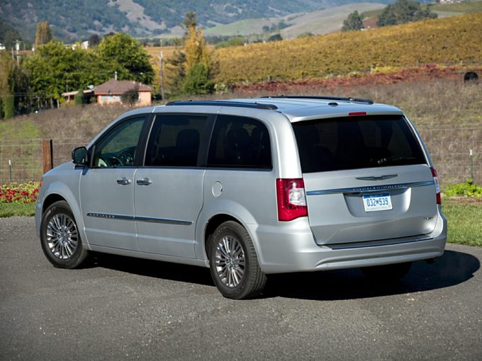 Chrysler Town & Country Interior