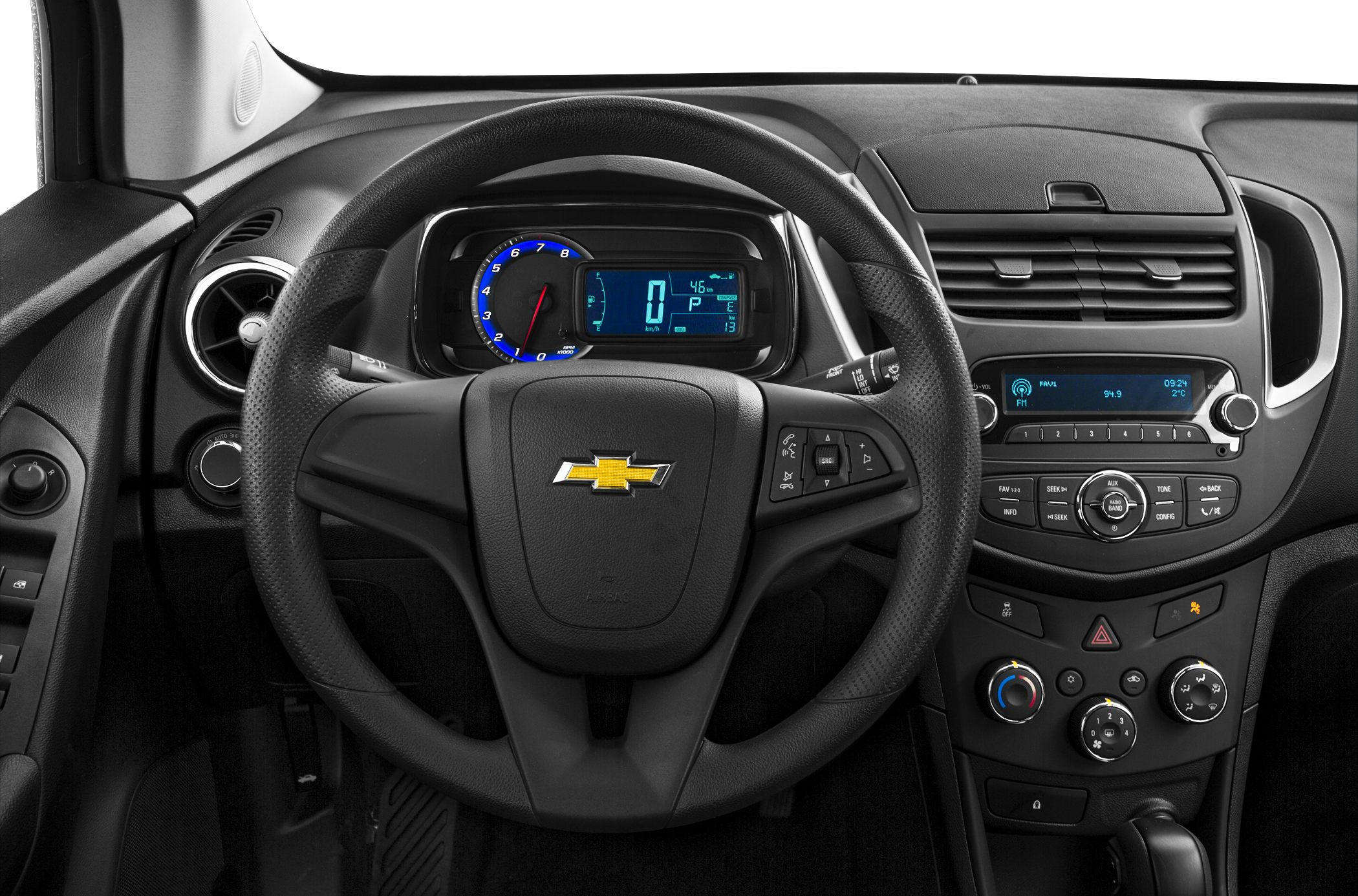 2016 chevrolet trax styles features highlights. Black Bedroom Furniture Sets. Home Design Ideas