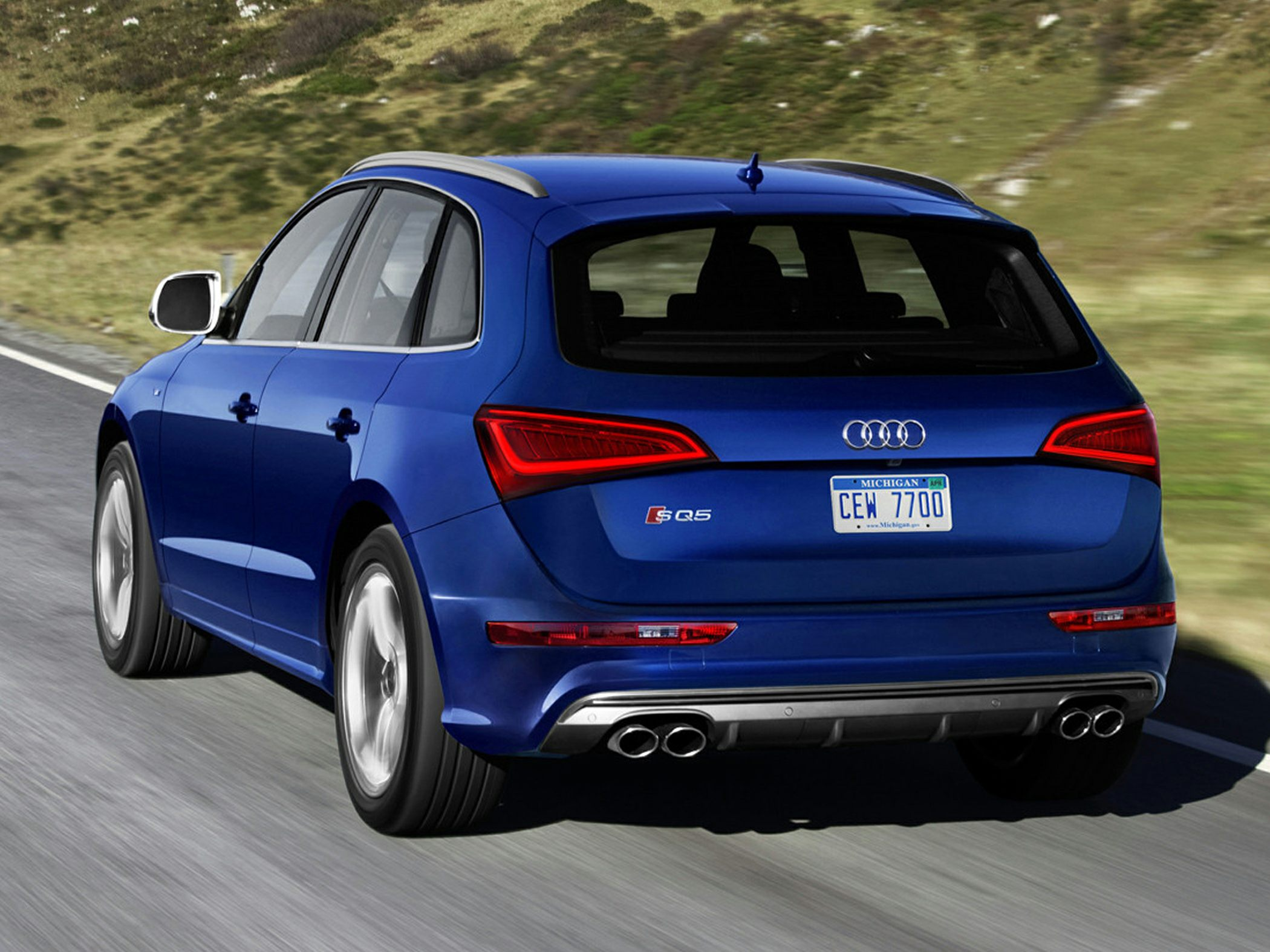 2016 audi sq5 styles features highlights. Black Bedroom Furniture Sets. Home Design Ideas