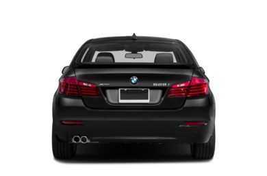 Rear Profile  2014 BMW 550