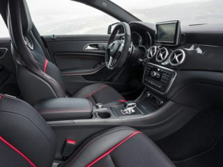 Mercedes-Benz CLA45 AMG Seats
