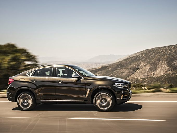 BMW X6 Front Quarter