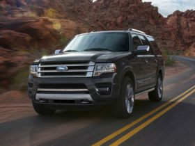 Ford Expedition Front Quarter