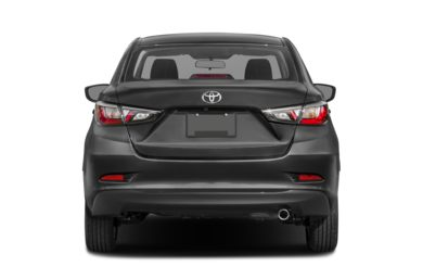 Rear Profile  2017 Toyota Yaris iA