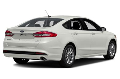 3/4 Rear Glamour  2018 Ford Fusion