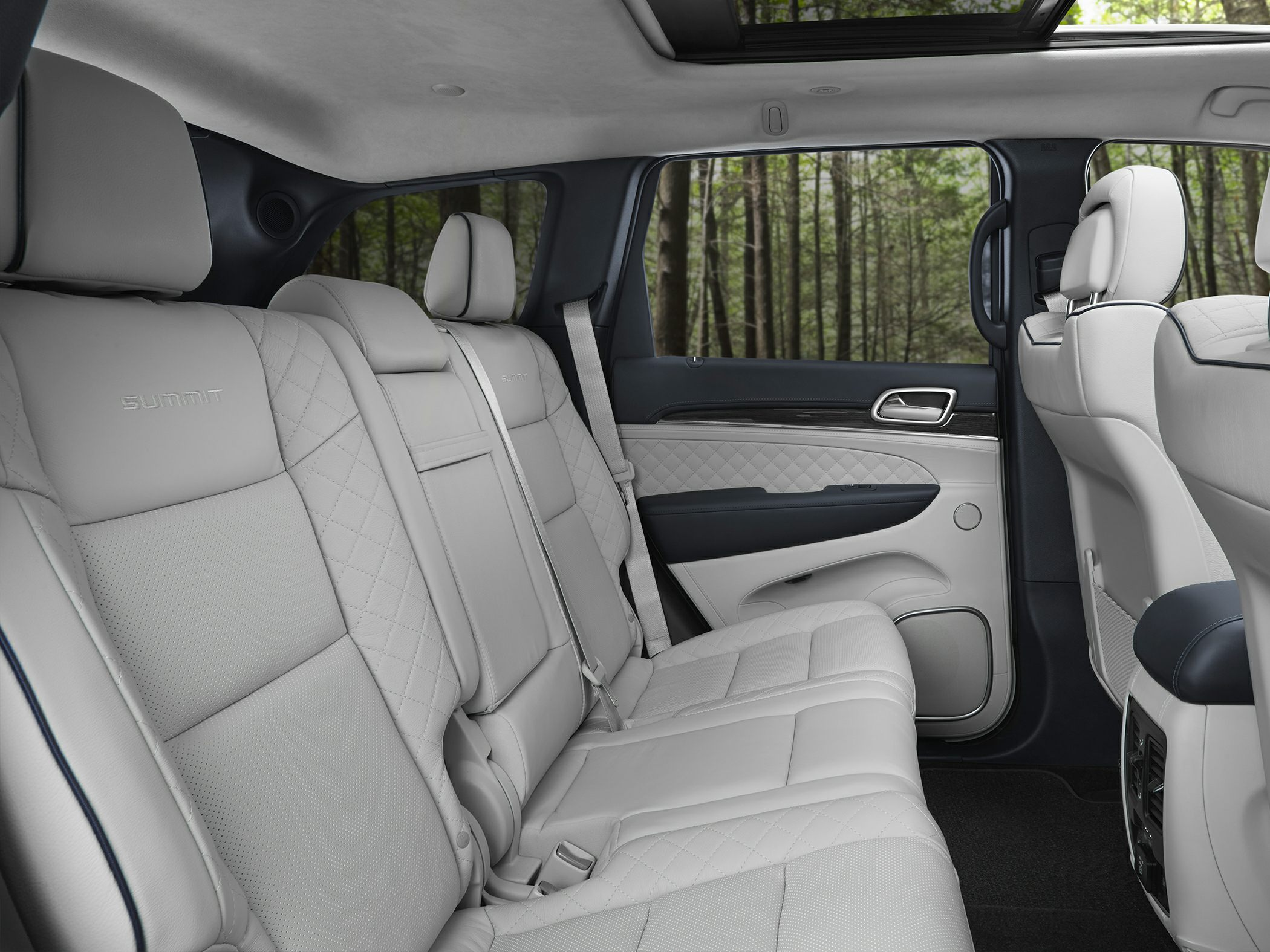 3rd Row 2020 Jeep Grand Cherokee Interior
