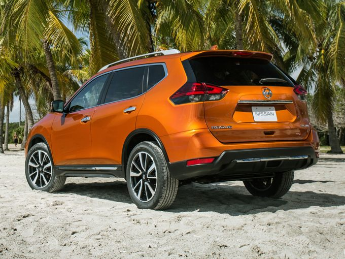 2017 nissan rogue styles features highlights. Black Bedroom Furniture Sets. Home Design Ideas