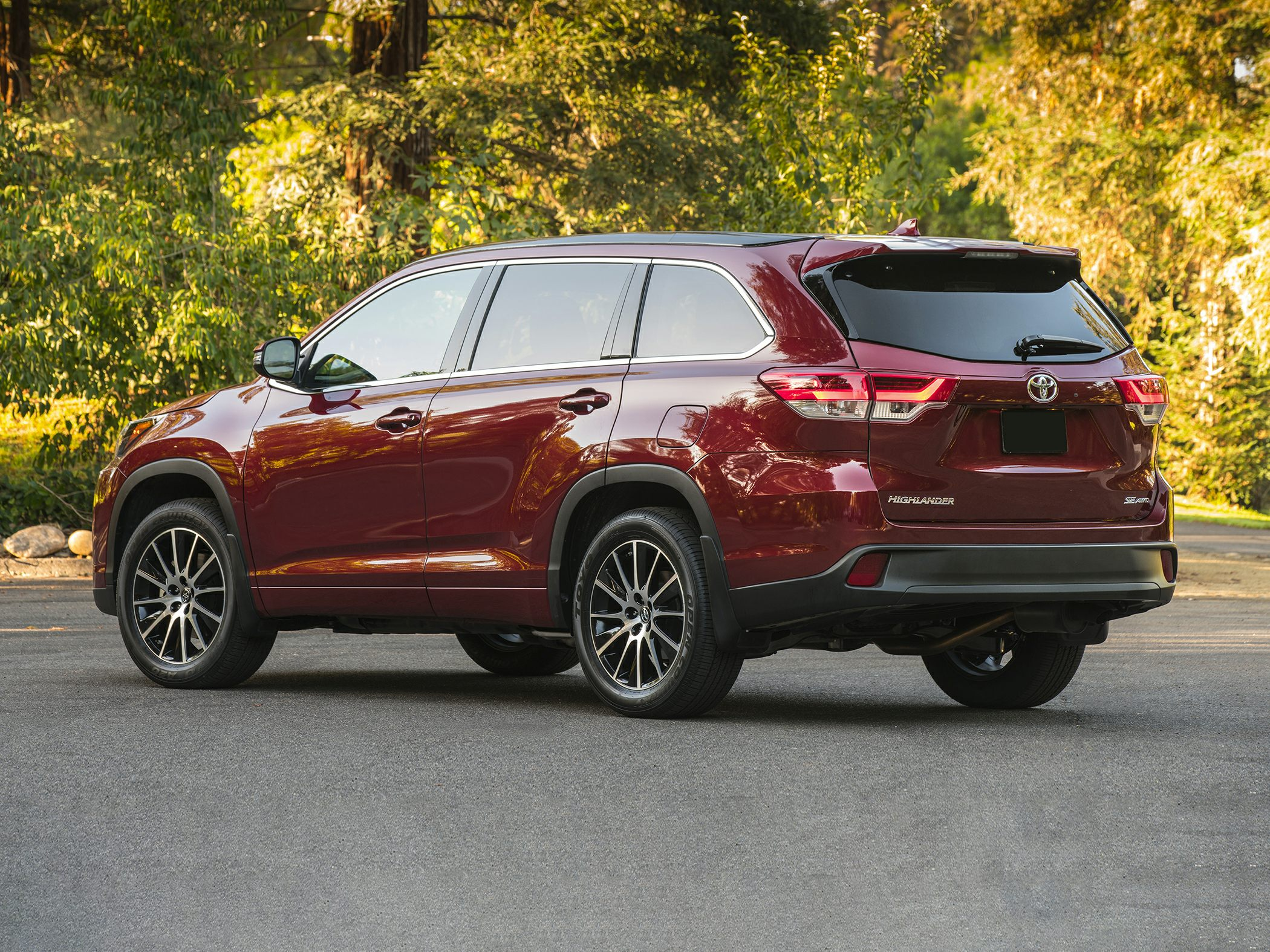 2017 Toyota Highlander Deals Prices Incentives  Leases