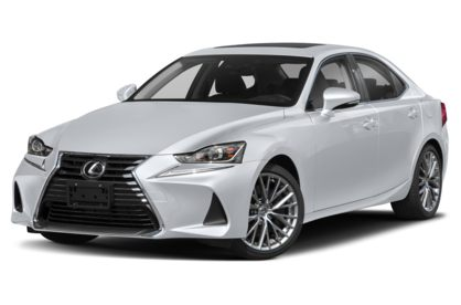 3/4 Front Glamour 2020 Lexus IS