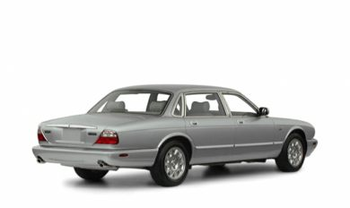 3/4 Rear Glamour  2001 Jaguar XJ8
