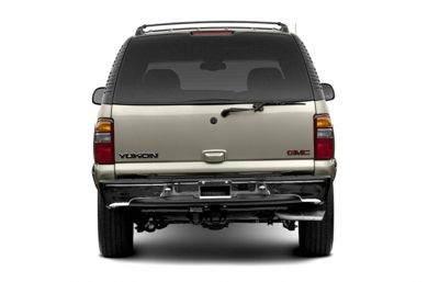 Rear Profile  2003 GMC Yukon