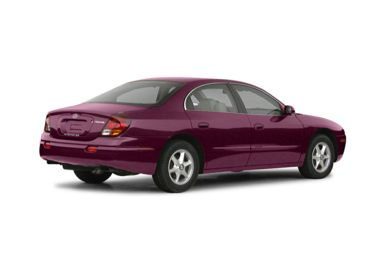 3/4 Rear Glamour  2003 Oldsmobile Aurora