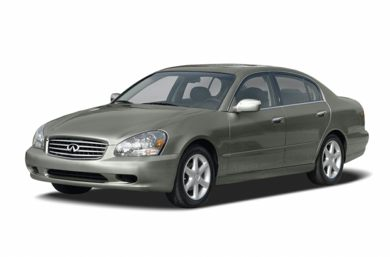 3/4 Front Glamour 2004 INFINITI Q45