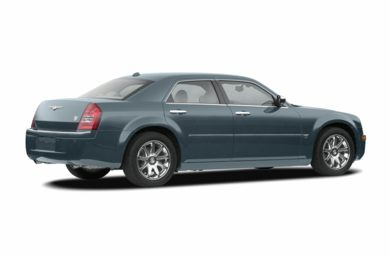 3/4 Rear Glamour  2007 Chrysler 300C