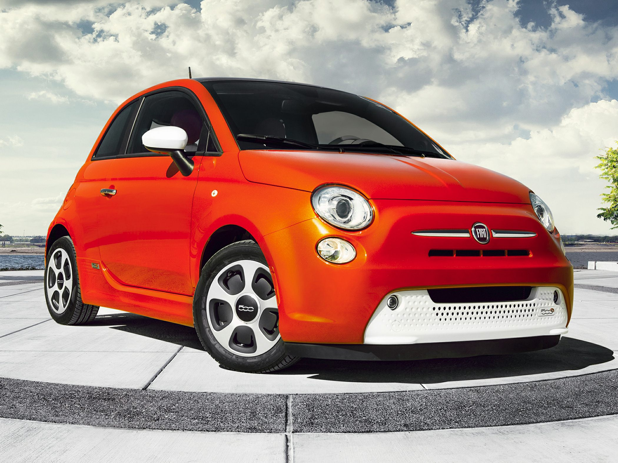 The Fiat 500e Returns Unchanged For 2018