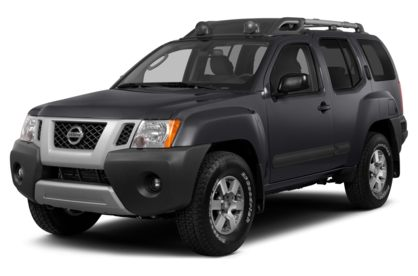 3/4 Front Glamour 2015 Nissan Xterra