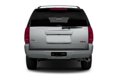 Rear Profile  2014 GMC Yukon