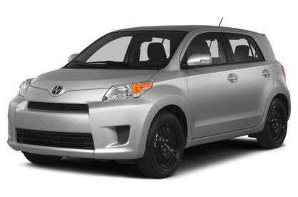 3/4 Front Glamour 2014 Scion xD