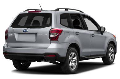 3 4 Rear Glamour 2016 Subaru Forester